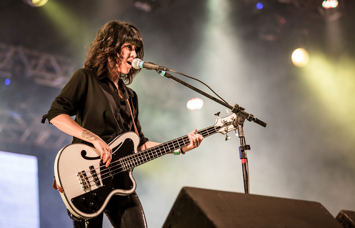 Bassist Carol Navarro of Brazil's hottest rock band Supercombo joins the Italia Family